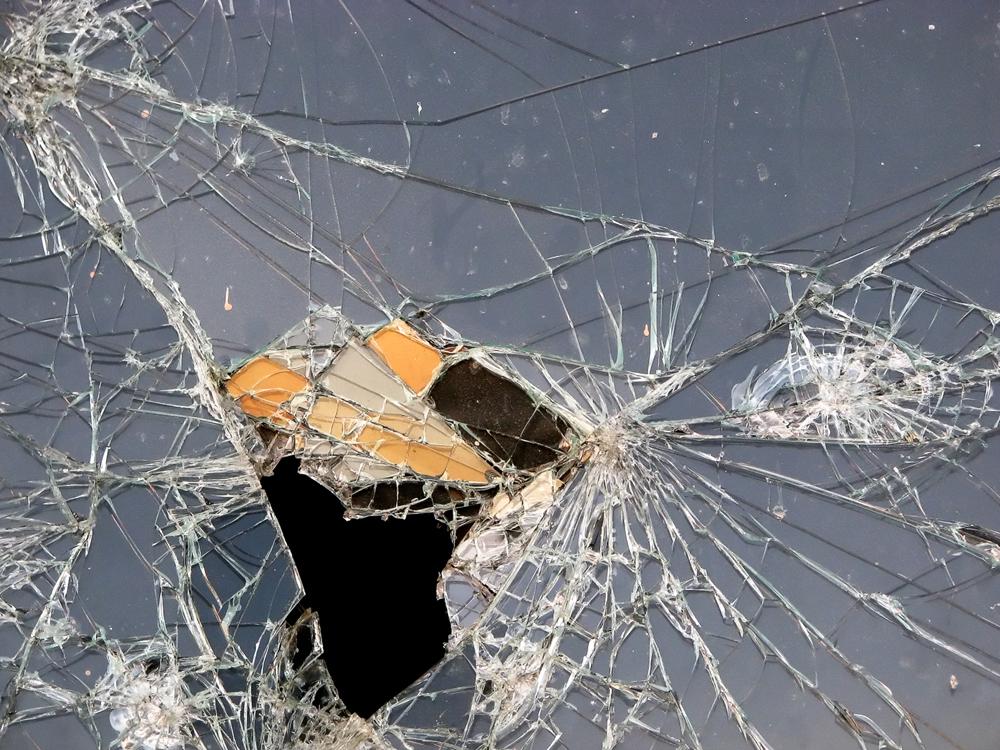 vetro spaccato
