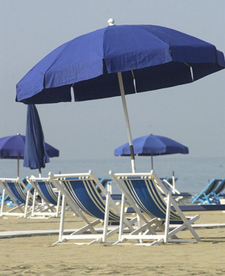 Soggiorni estivi per anziani al via le prenotazioni tv for Soggiorni estivi per anziani