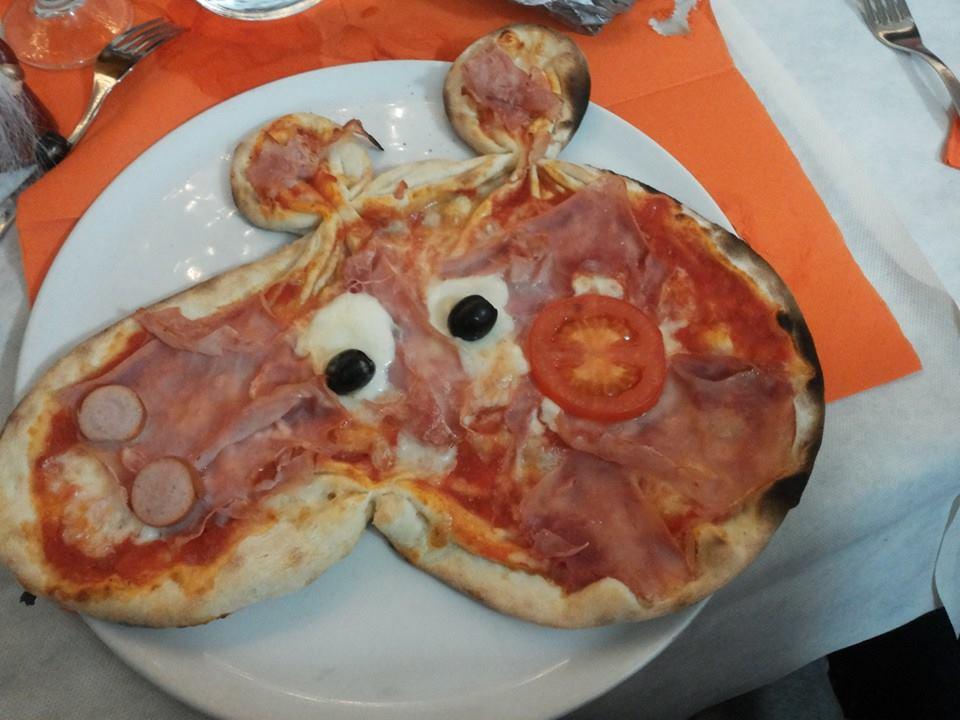 Il fenomeno peppa pig diventa una pizza l idea è di un
