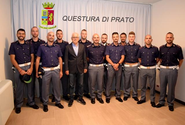 Polizia ecco dodici nuovi agenti per prato per loro il for Questura di padova permesso di soggiorno