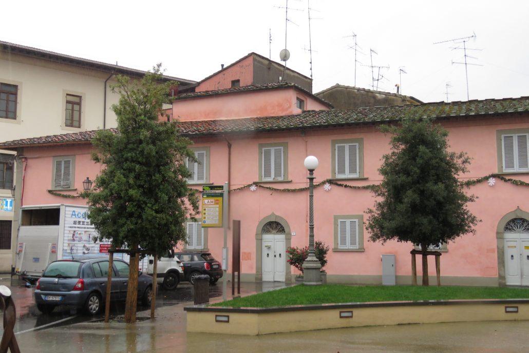 piazza s niccolò convento