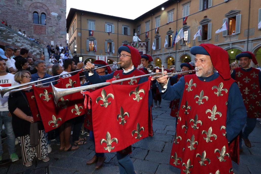 corteggio storico 2019 prime foto da piazza comune (12)