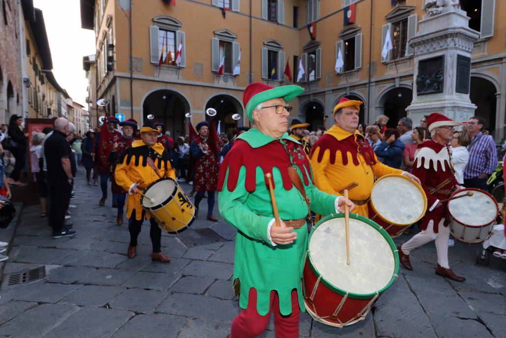 corteggio storico 2019 prime foto da piazza comune (2)