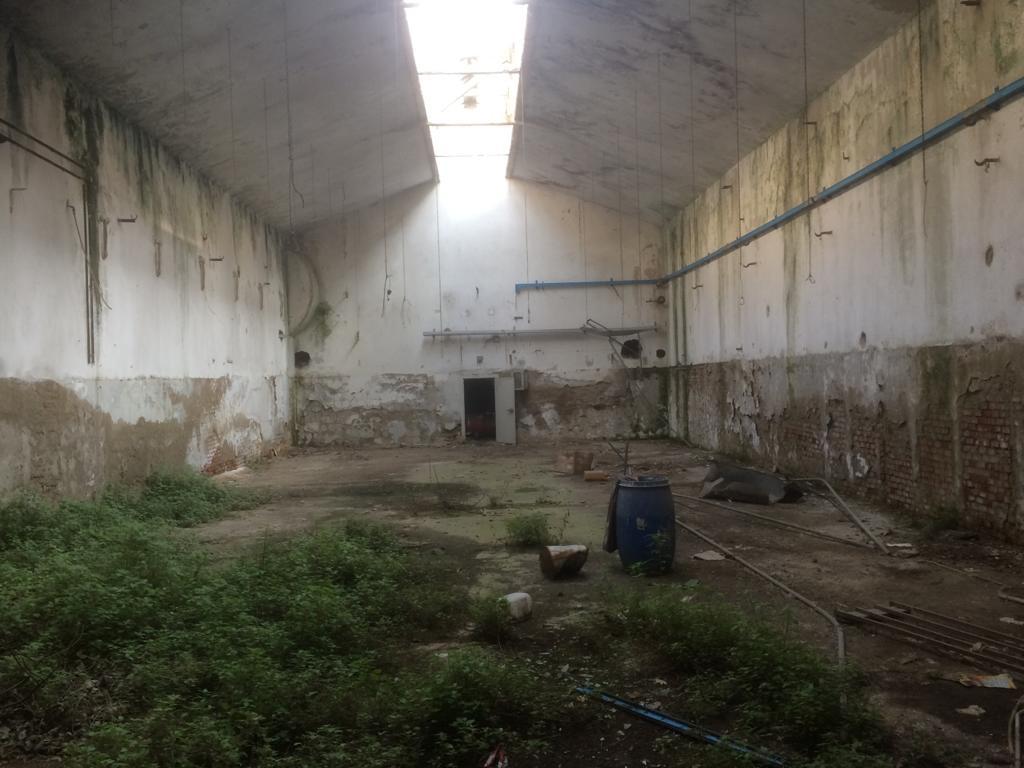 foto cisterna e interni fabbrica ex lucchesi (12)